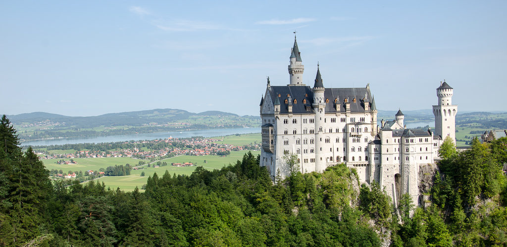 Schloss Neuschwanstein fotografiert von der Marienbrücke