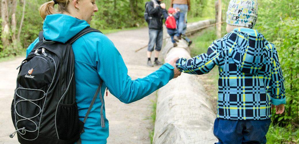 Balancieren im Walderlebniszentrum bei Füssen